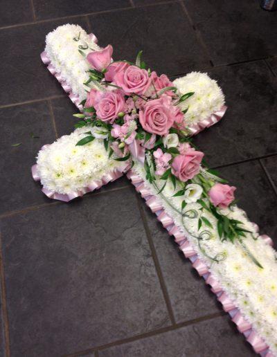 Pink Rose Massed Cross